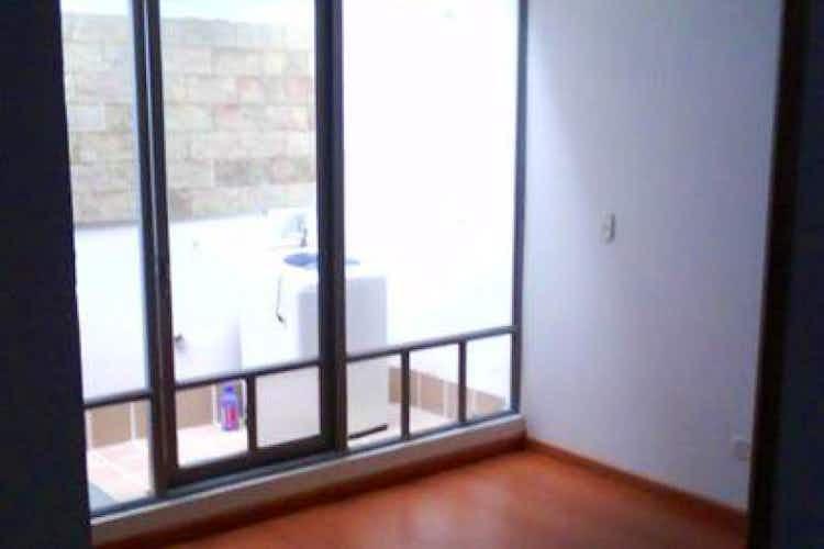 Portada Casa en Bogota Costa Azul - cuatro pisos, dos terrazas
