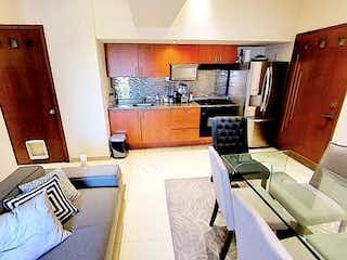 Una cocina con una estufa de fregadero y nevera en Departamento en venta en Anahuac de dos recamaras,