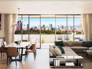 Una sala de estar llena de muebles y una gran ventana en Maceo Dieciseis