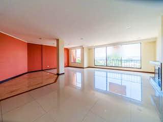 Una vista de una cocina desde el pasillo en Apartamento En Venta En Bogota Bosque De Pinos-Usaquén