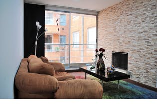 Apartamento en venta en Modelo con Balcón...