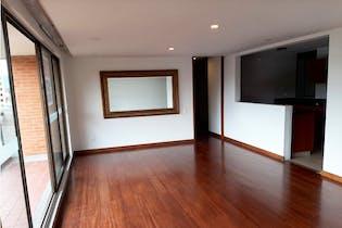 Apartamento en venta en Colina Campestre de 4 hab. con Piscina...