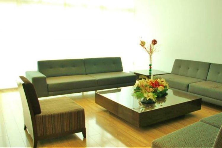 Foto 13 de Apartamento en Bogota El Chico - club house con piscina, sauna y turco