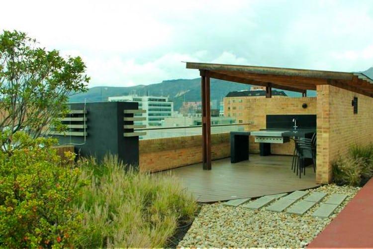 Foto 24 de Apartamento en Bogota El Chico - club house con piscina, sauna y turco