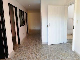 Una cocina con nevera y fregadero en Apartamento en venta en Niquía, de 86mtrs2