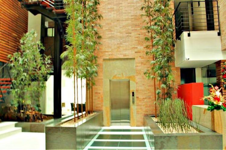Foto 25 de Apartamento en Bogota El Chico - club house con piscina, sauna y turco