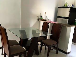 Una sala de estar llena de muebles y una televisión de pantalla plana en NOGALES