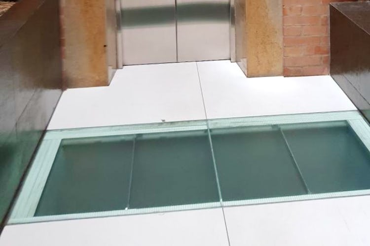 Foto 27 de Apartamento en Bogota El Chico - club house con piscina, sauna y turco