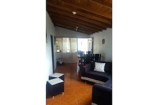 Casa en venta en Cabecera San Antonio De Prado, 86m² con Balcón...