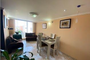 Apartamento en venta en Casco Urbano Madrid de 3 hab. con Piscina...