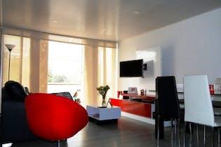 100815 - Bello Apartamento Remodelado Con Terraza Privada Techada