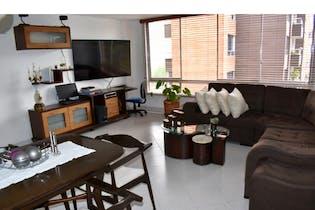 Apartamento en venta en El Poblado 92m² con Jardín...