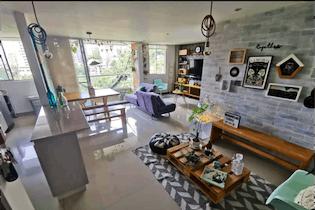 Apartamento en venta en Loma Del Esmeraldal con Piscina...