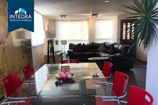 Casa en venta en Lomas De Vista Hermosa de 4 alcobas