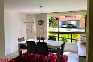 Surabaya, Casa en venta en Los Balsos Nº 1, 220m²