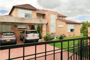 Casa en venta en Cajicá de 1360m² con Gimnasio...