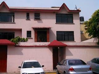 Casa en venta en San Juan Ixhuatepec, Estado de México