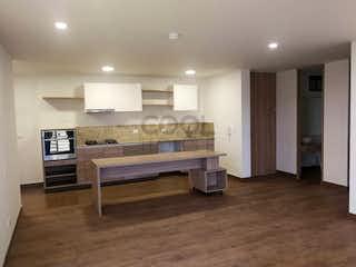 Una habitación muy bonita con una gran ventana en Apartamento en venta en Cajicá de tres habitaciones