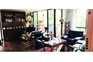 Apartamento en venta en El Poblado con Bbq...