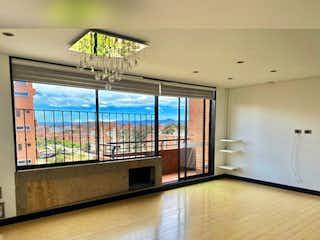 Una vista de una sala de estar con un gran ventanal en Apartamento en venta en Carlos Lleras de 3 alcoba