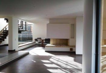 Casa en venta en Chia con acceso a Piscina