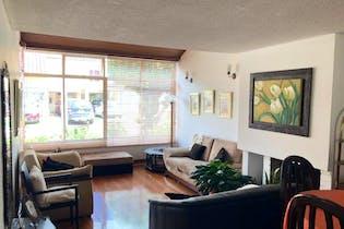 Casa en venta en Barrio Cedritos de 4 habitaciones