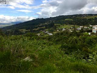Una vista de una montaña en la distancia en Lote en venta en Yerbabuena, 2580mt