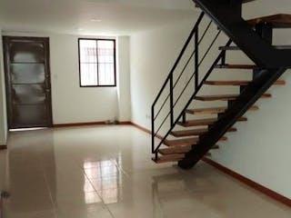 Una litera con una escalera atada a ella en Casa en venta en Casco Urbano El Carmen de Viboral, de 178mtrs2