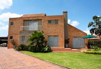 Casa En Chia Vía A Cajicá- 2 alcobas- 250m2.