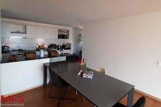 Apartamento en venta en Los Colores de 3 habitaciones