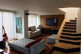 Apartamento En Venta En Bogota Rosales, duplex con dos terrazas y balcón.