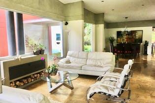 Casa en venta en Envigado de 4 hab. con Gimnasio...
