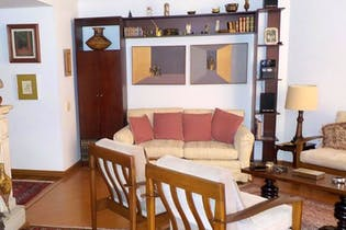 Apartamento en Bogota La Carolina - tres alcobas, dos baños