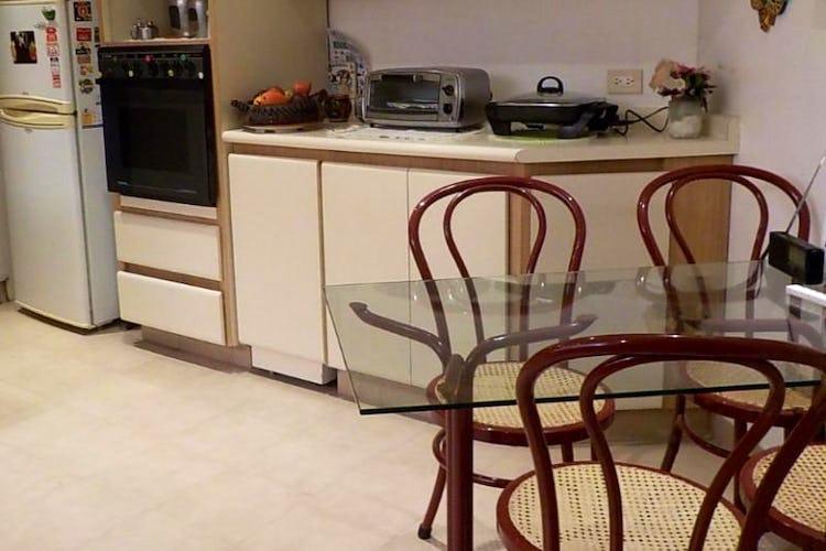 Foto 7 de Apartamento en Bogota La Carolina - tres alcobas, dos baños