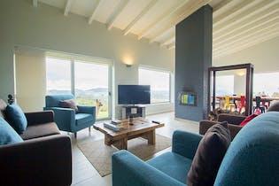 Casa en venta en Casco Urbano La Calera de 4 habitaciones
