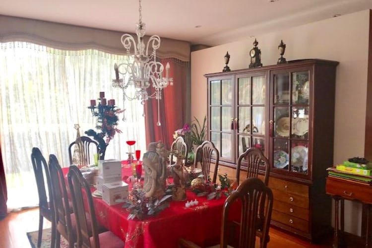 Foto 6 de Casa En Bogota Sotileza de tres pisos, cuatro garajes.