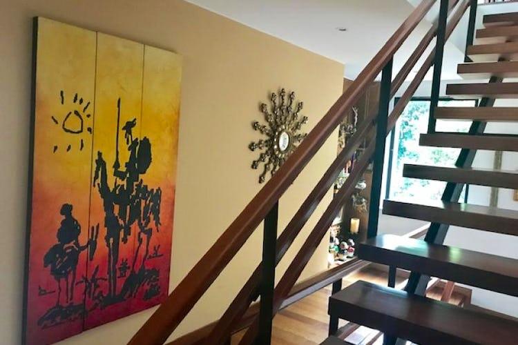 Foto 11 de Casa En Bogota Sotileza de tres pisos, cuatro garajes.