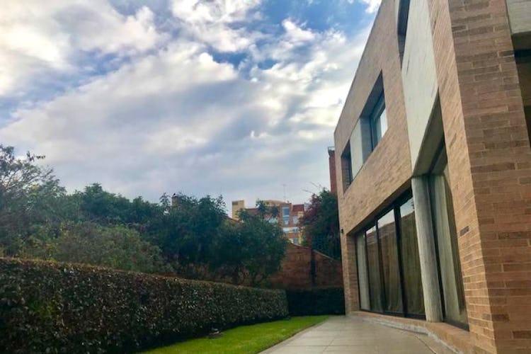Foto 25 de Casa En Bogota Sotileza de tres pisos, cuatro garajes.