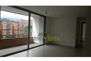 Apartamento en venta en Envigado de 3 hab. con Jardín...