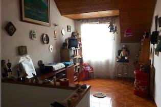 Casa en venta en El Cortijo de 3 hab.