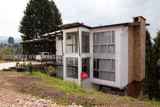 Casa en venta en Centro Guarne, 605m²