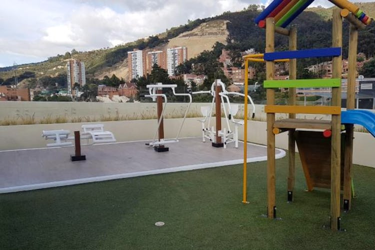 Foto 21 de Apartamento en Bogota Los Cedros Orientales - dos garajes y depósito