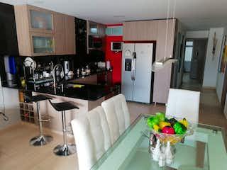 Una sala de estar llena de muebles y una chimenea en Apartamento en Venta en Belen Fatima