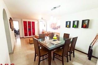Apartamento en venta en Simón Bolívar 87m²