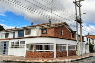 Casa en venta en Prado Pinzón de 3 hab. con Jardín...