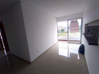 Un baño con una ventana, un lavabo y una ventana en Apartamento en venta en Los Colegios, de 87mtrs2