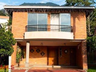 Ávila, casa en venta en Loma de Benedictinos, Envigado