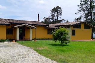 Casa en venta en Loma Del Escobero 260m²