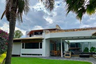 Casa en venta en Jardines Del Pedregal con acceso a Gimnasio