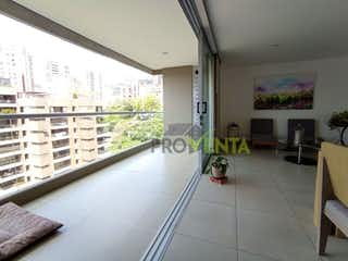 Una vista de una sala de estar y una sala de estar en Apartamento en Venta Poblado Provenza